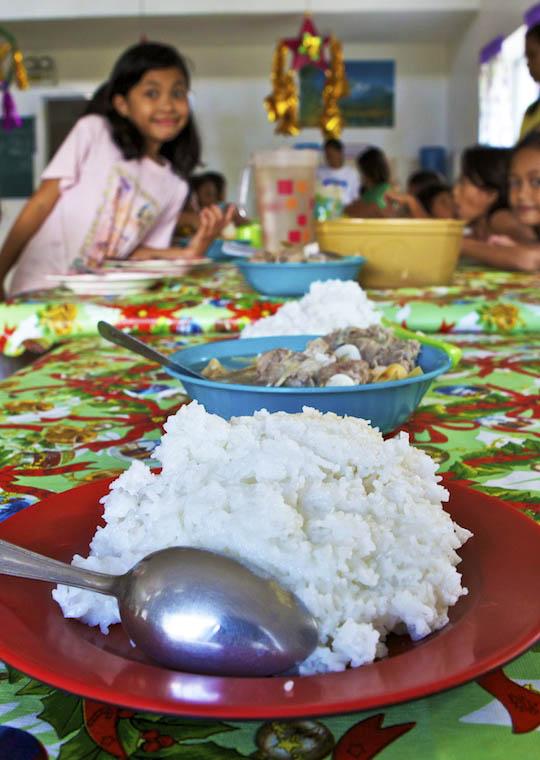 aiuto-alimentare-bambini-india