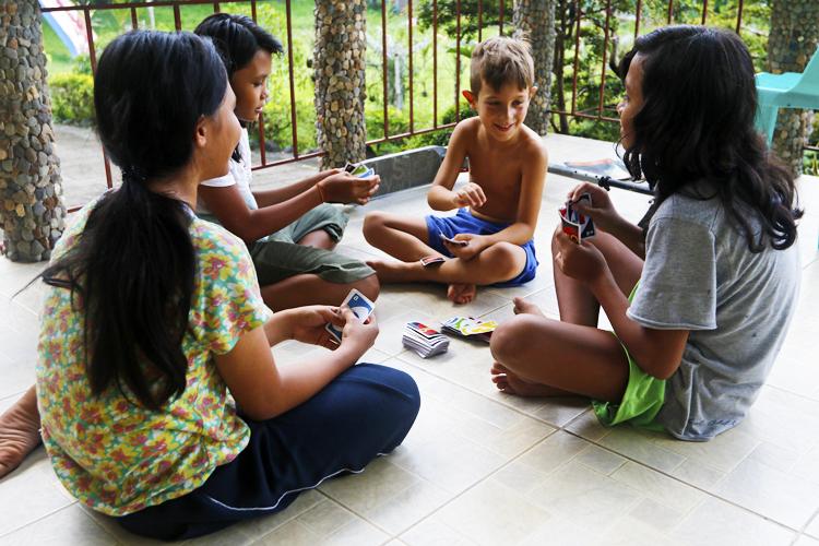 volontariato-bambini-filippine