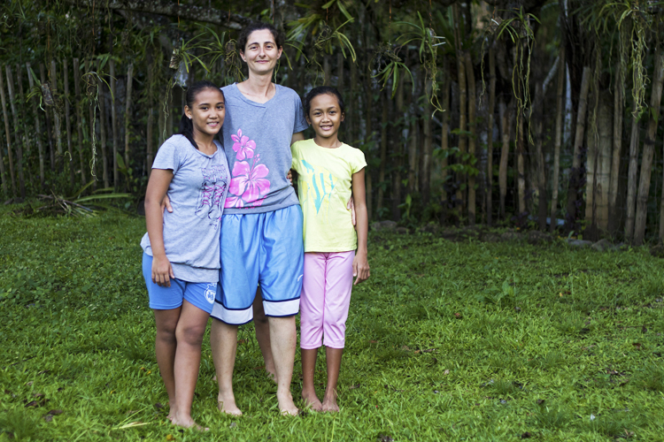 volontariato-filippine-Paola-Roselyn-Apple