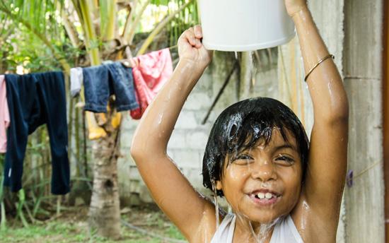 campagna-filippine-risanamento-idrico