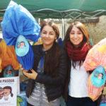 Uova di Pasqua solidali: due volontarie di Isla