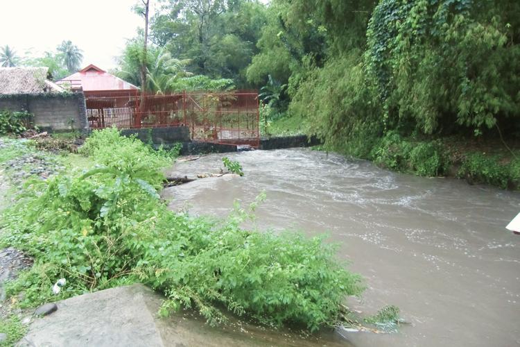Alluvione in casa famiglia nel 2012
