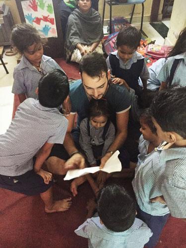 volontariato-india-bambini-aldo-4