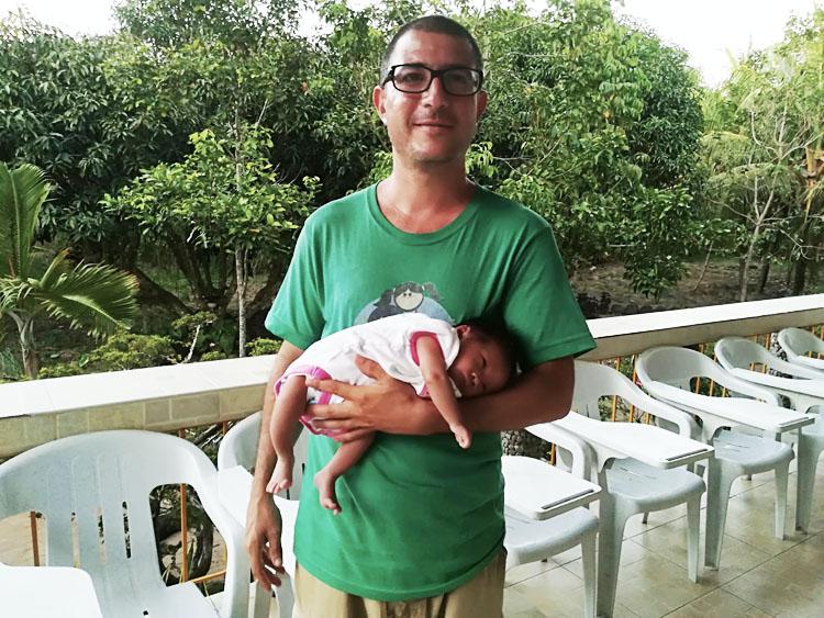 sostieni-pasqualino-bambino-filippine
