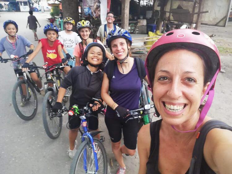 allenamenti-giro-bici-bambine-filippine-4