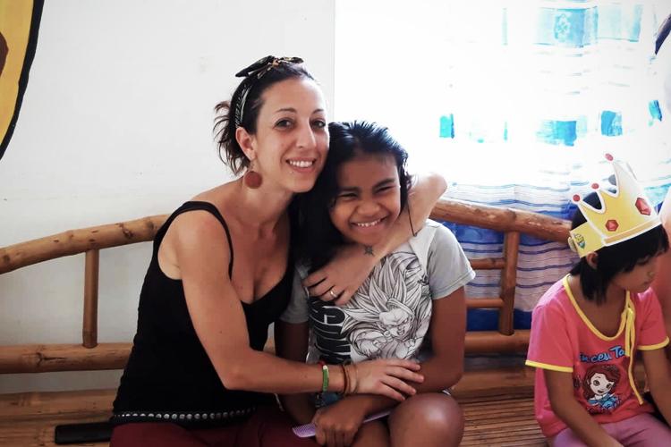 volontariato-nelle-filippine-arteterapia-bambini
