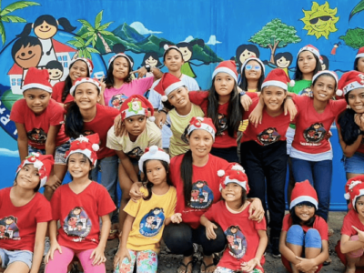 volontariato-natale-pacchetti-bambini-isla-ng-bata