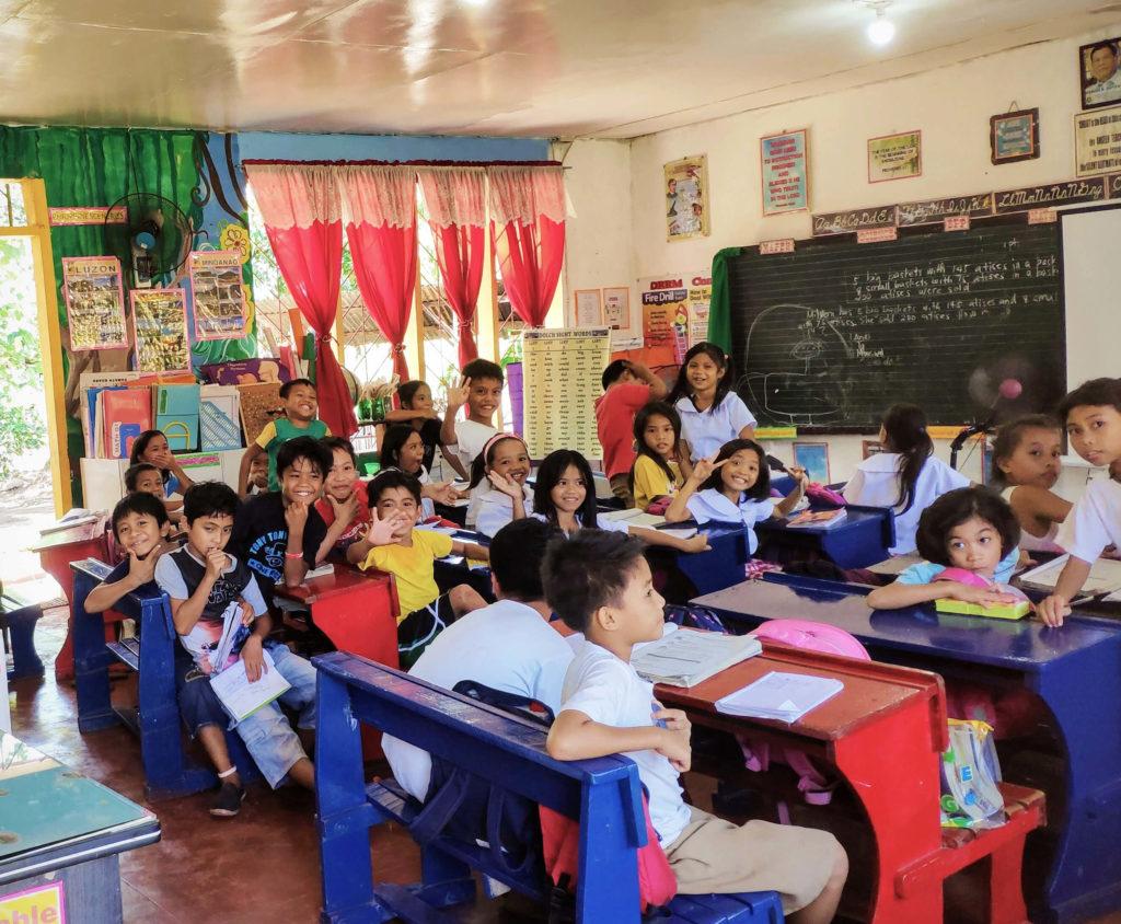 Scuola di Calabnugan nelle Filippine